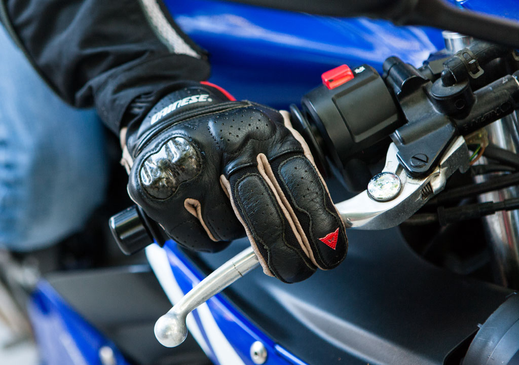 2-FINGER LEVERS