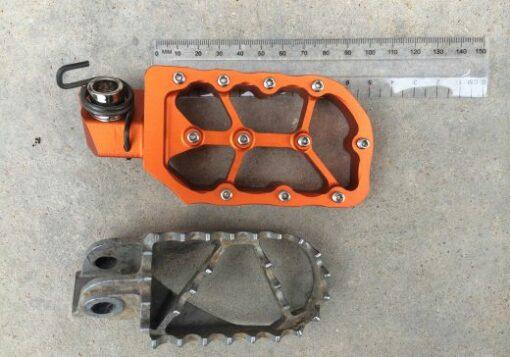 Rade Garage Foot Pegs - Image not Found